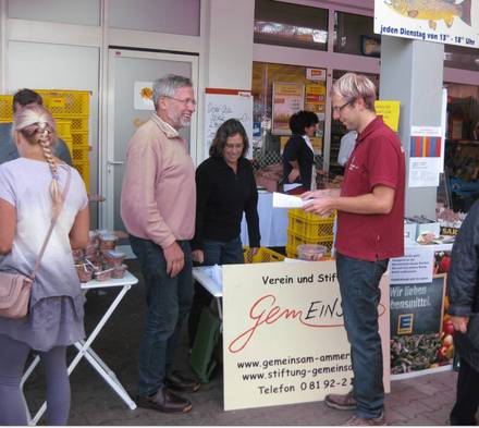 Infostand beim EDEKA Markttag in Schondorf am 19. September 2015