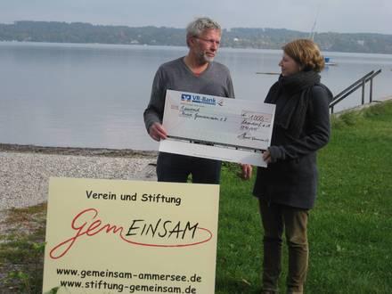 Am Festivalort Peter Raithel (GEMEINSAM) und Luise Renner (Sammersee)
